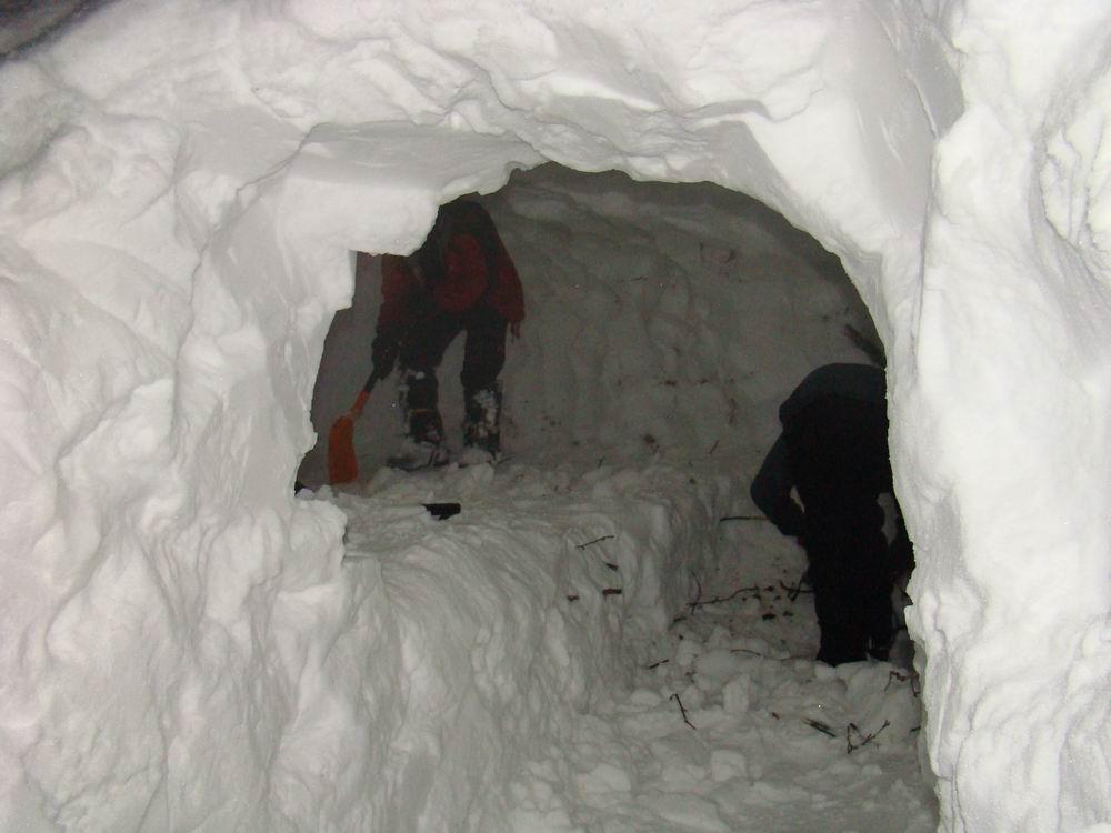 как сделать дом из снега
